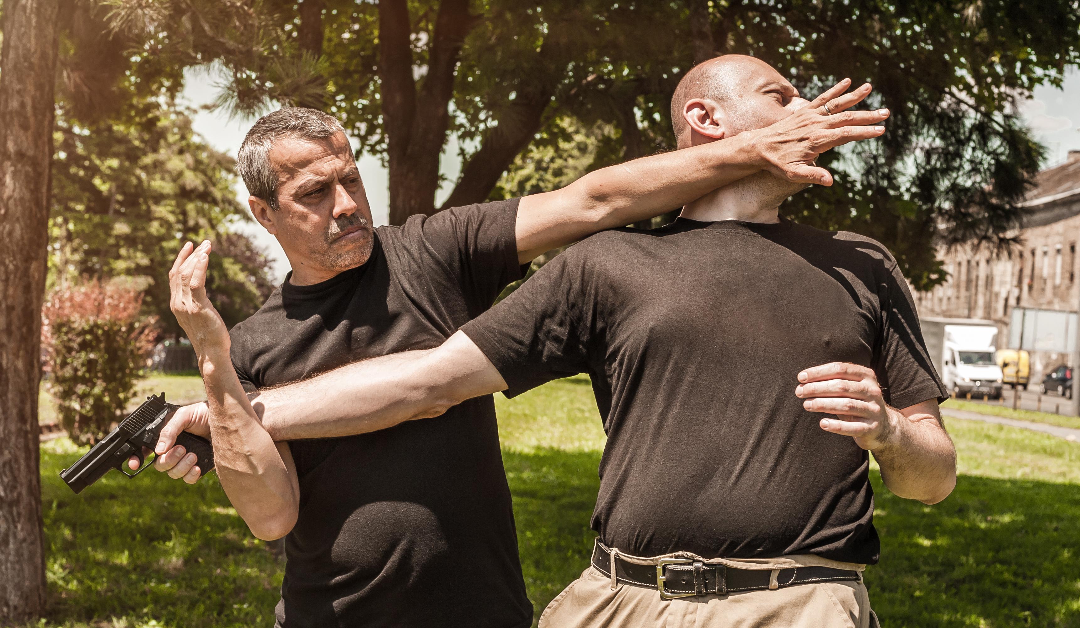 upoznavanje instruktora borilačkih vještina izlazak na dominaciju